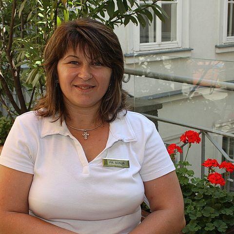 Sonja RISTESKA - Stubenfrau 2. Stock