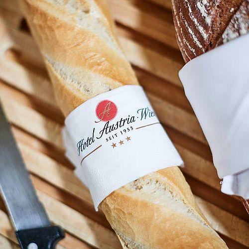 Frisches Brot zum Frühstück im Hotel Austria