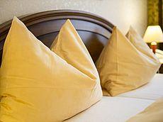 Warme Farben in den Zimmern des Hotel Austria